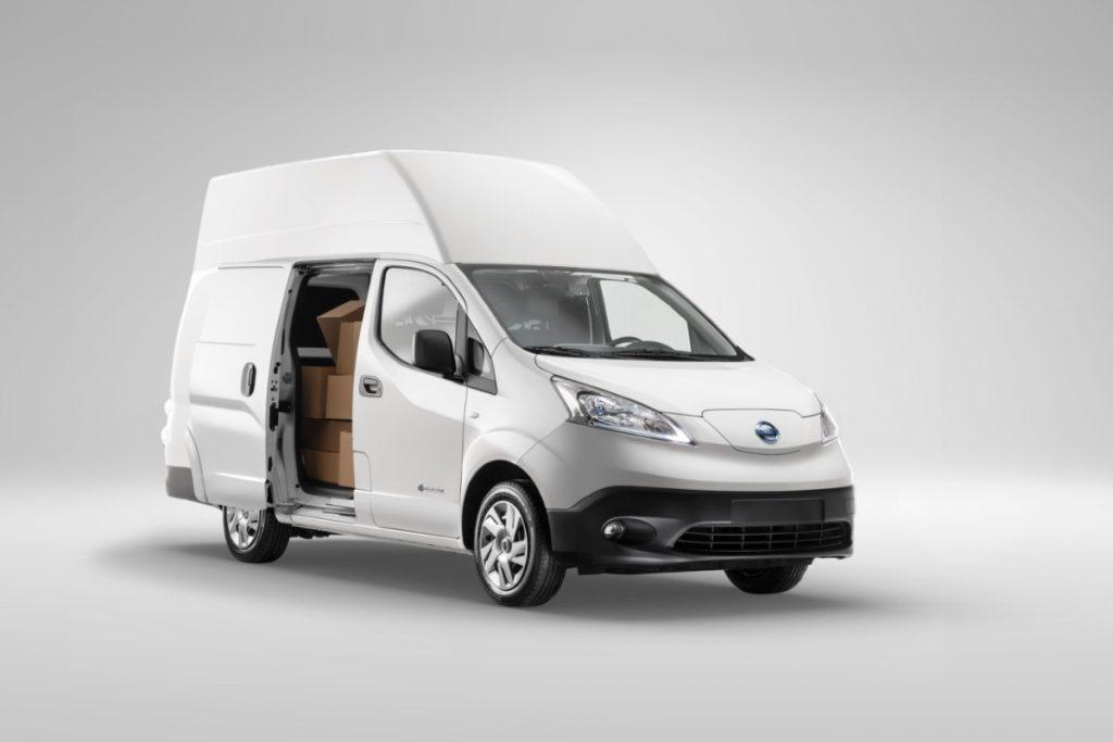 Nissan apresenta a nova e-NV200 XL Voltia 4